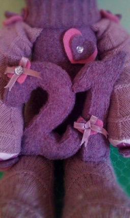 Michelle's 21st Keepsake Critter Commissioned in secret for Michelle's 21st Birthday ♥ © Peerie Critters 2013